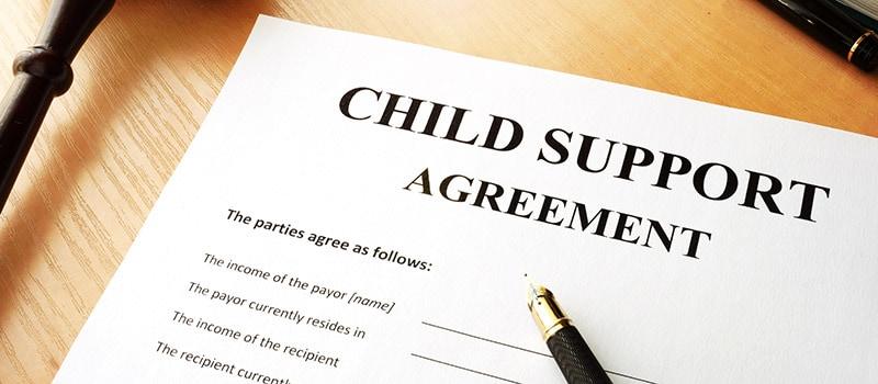 Establecimiento de un acuerdo de manutención infantil con un abogado de manutención infantil